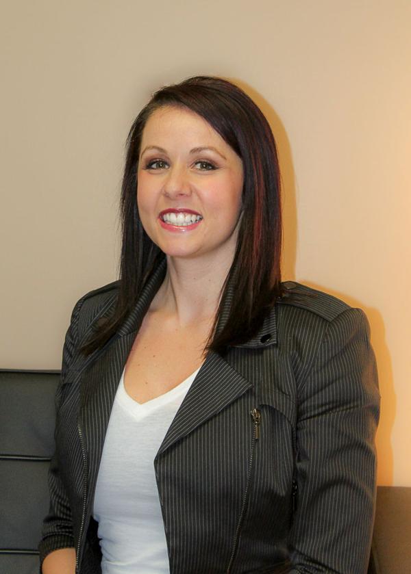 Dr. Kelsey Chmiel